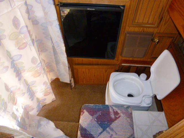 Coast Resorts Open Roads Forum Truck Campers Popup Camper - Popup with bathroom